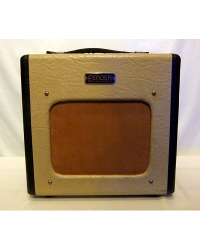 Fender Champion 600 5W 1x6 Combo Amp  (USED)